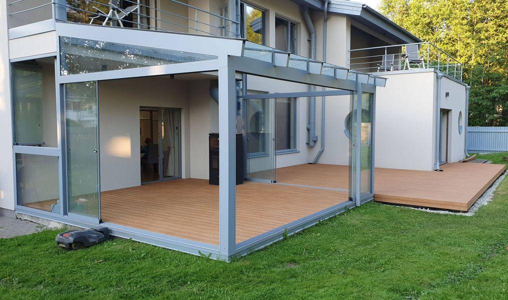 Terrass OneWoodi puitplastist (WPC) terrassilaudadest