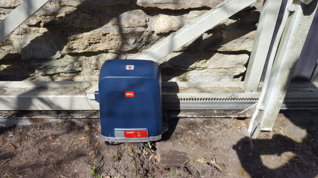 Liugväravale väravaautomaatika Deimos Ultra BT A600